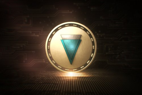 Europe's Canabis Company, Royal Queen, Adopts Verge (XVG) 15