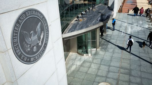 SEC Will Go Against Companies Using 'Blockchain' on Their Names to Boost Prices 13