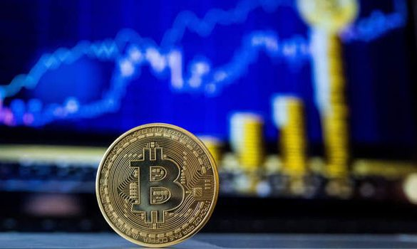 Bitcoin Sees $350 Recovery, Amidst Altcoin Drop Off 22