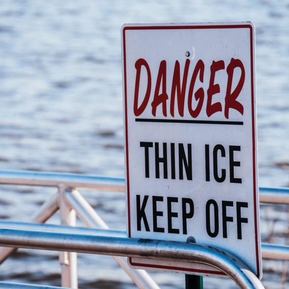 A Thin Ice Market — Altcoins Bleed Out 13