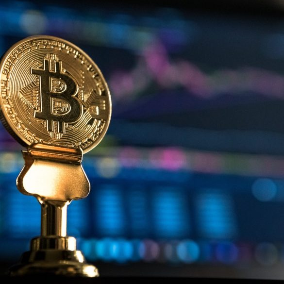 """Crypto Isn't Dead"" — Bitcoin Hits $6,400, Altcoins Follow 15"