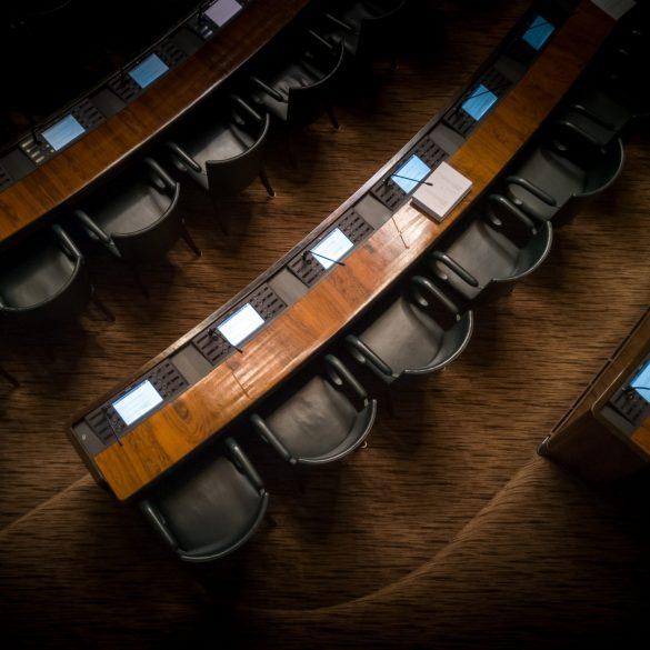 "Crypto-Friendly CFTC Chariman: Regulators Should Take A ""Do No Harm"" Approach 14"