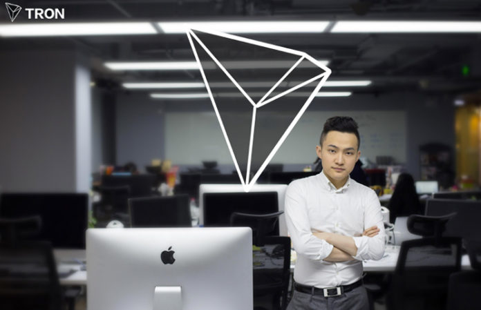 Tron (TRX) Gains Massive Exposure Ahead of Justin Sun's Lunch With Warren Buffett. Sun Beats Satoshi Nakamoto in Google Trends 1