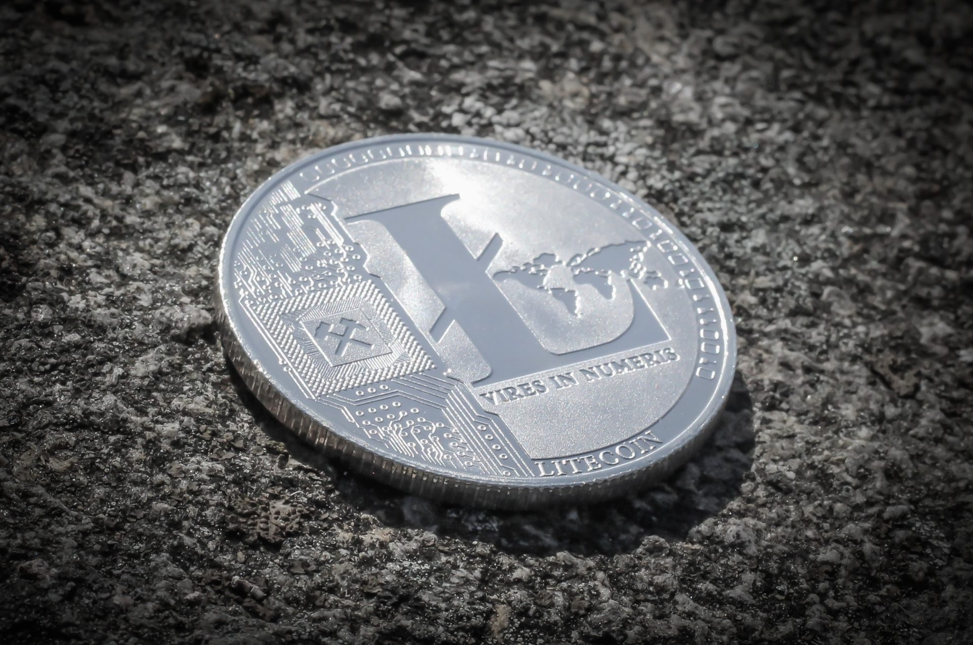 Litecoin (LTC) Transaction Fees To Be Drastically Slashed, Dev Calls For Adoption 13