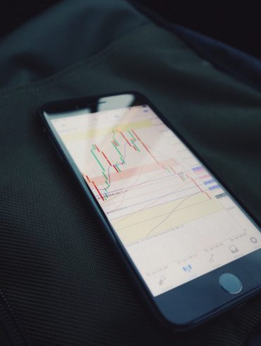 Crypto Market Bounces, Ethereum (ETH) Surges Amid Short Seller Qualms 14