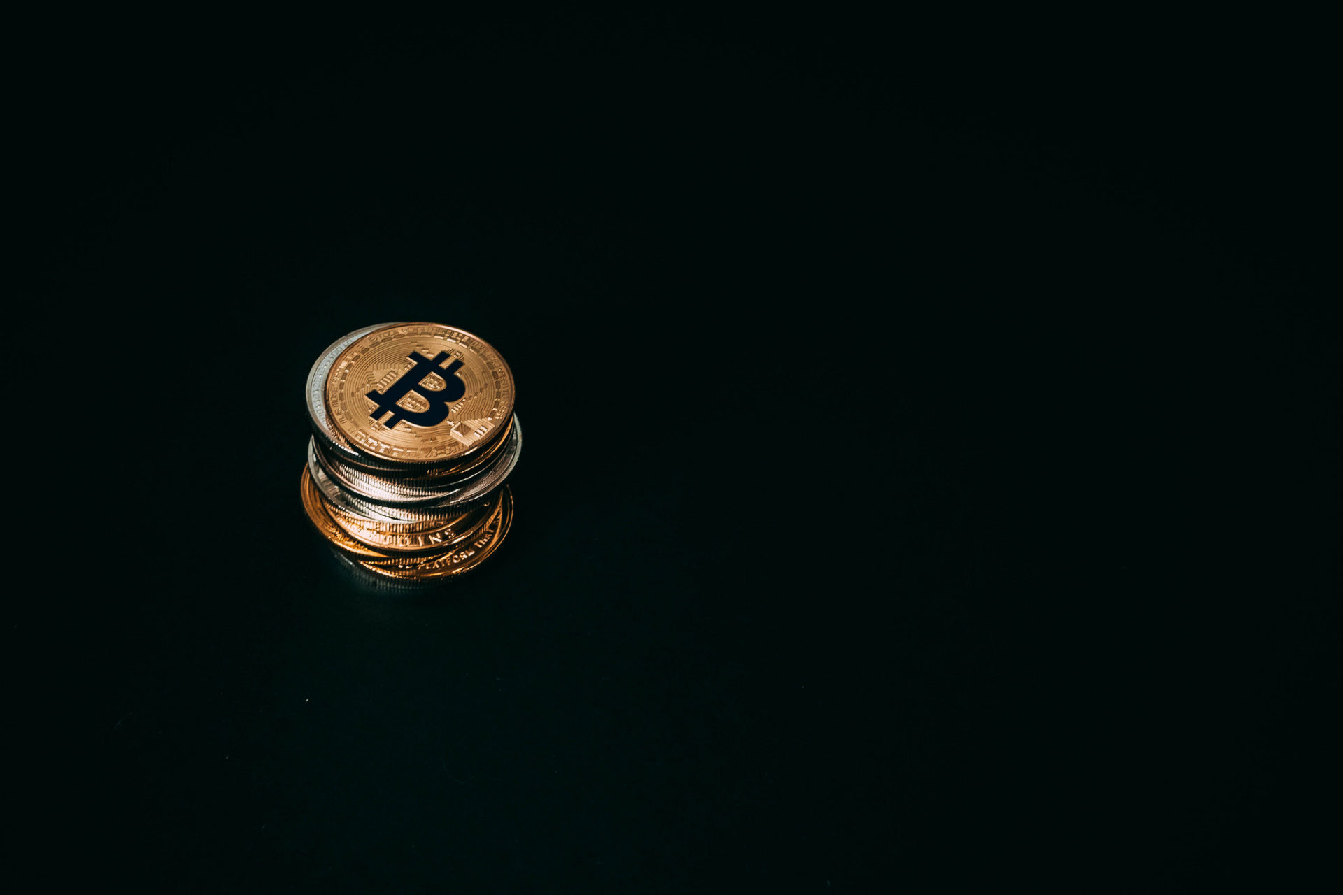 Bitcoin (BTC) Stabilizes Above $4,500, (Some) Bullish Sentiment Returns 13