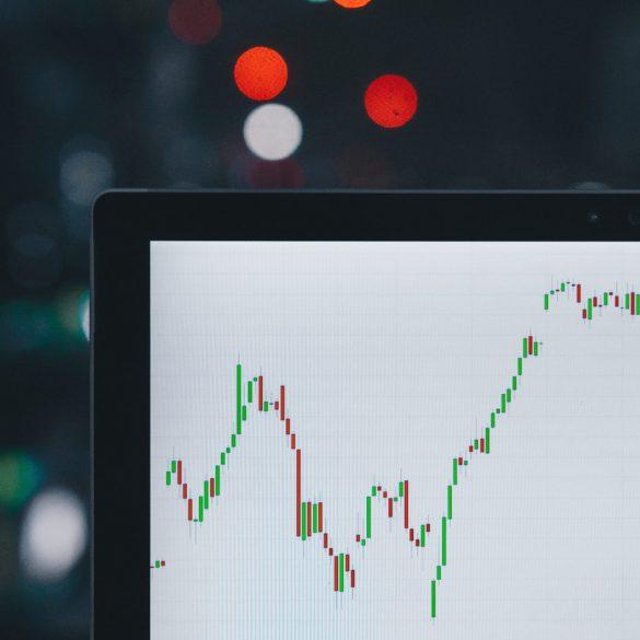 "Crypto Trader Still Long-Term Bullish After Bitcoin (BTC) ""Bloodbath"" 14"