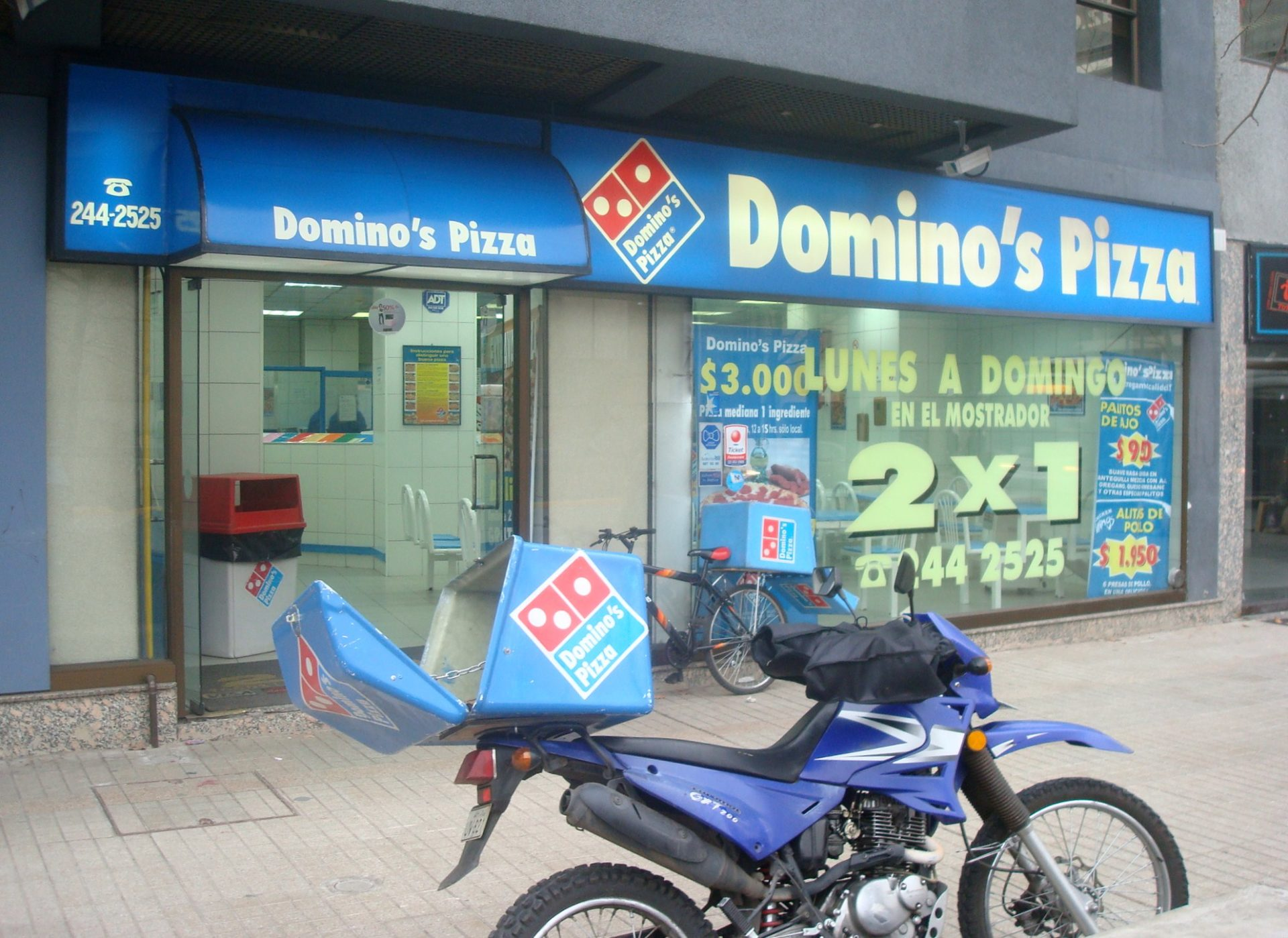 Multi-Billion-Dollar Store, Domino's Pizza Now Accepts Bitcoin 13