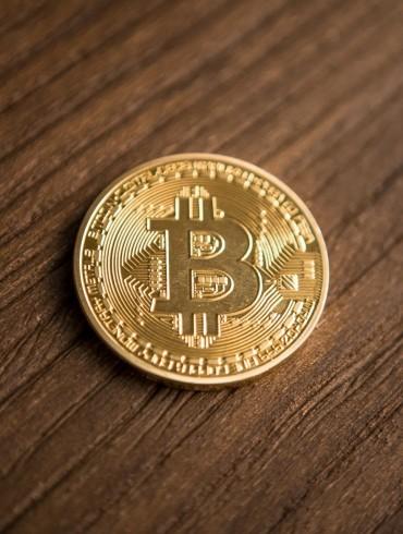 Crypto Bulls On Alert As Bitcoin (BTC) Flip-Flops Around $4,000 15