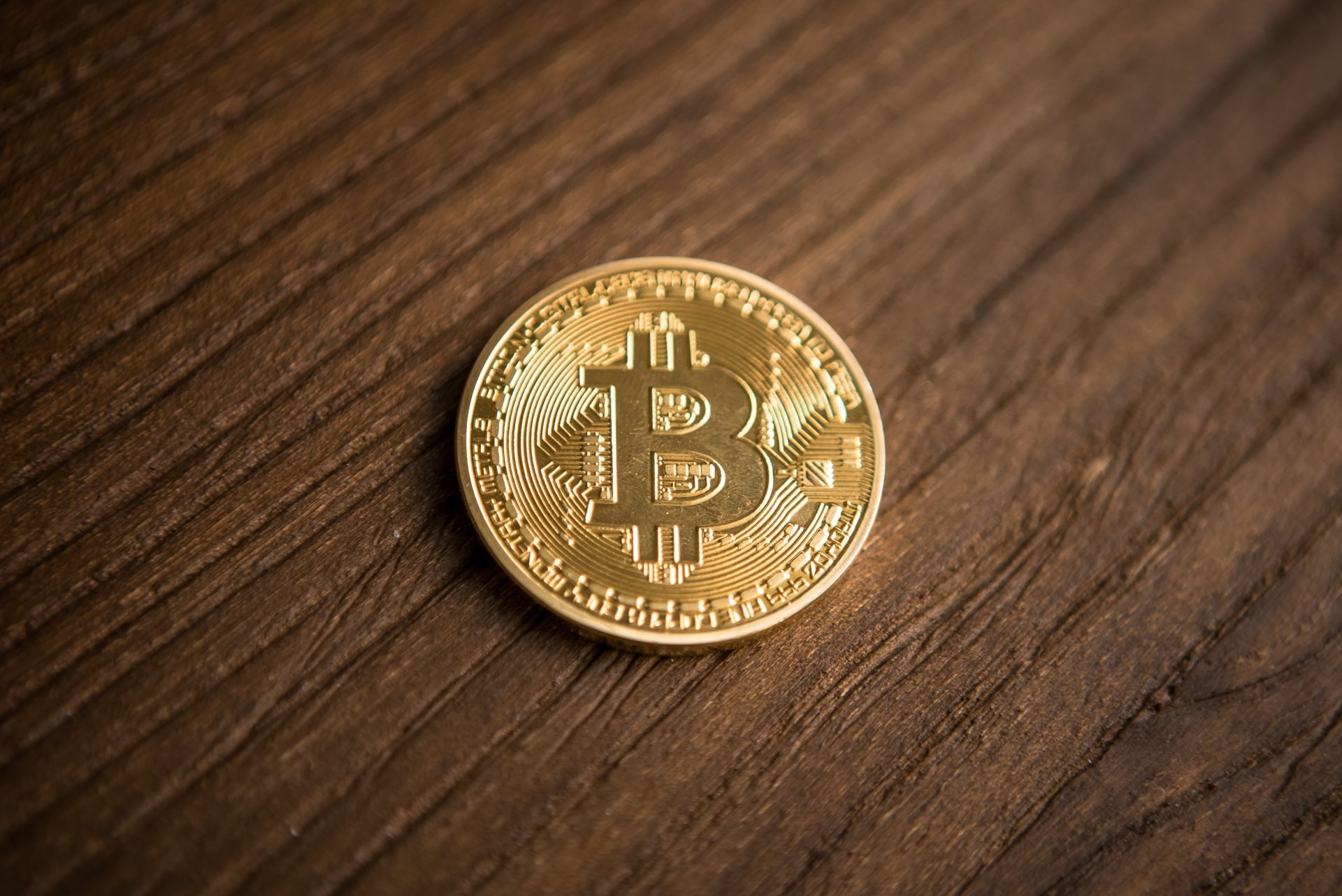 Newsflash: Bitcoin (BTC) Surmounts $4,000, Sees Another Weekend Rally 13