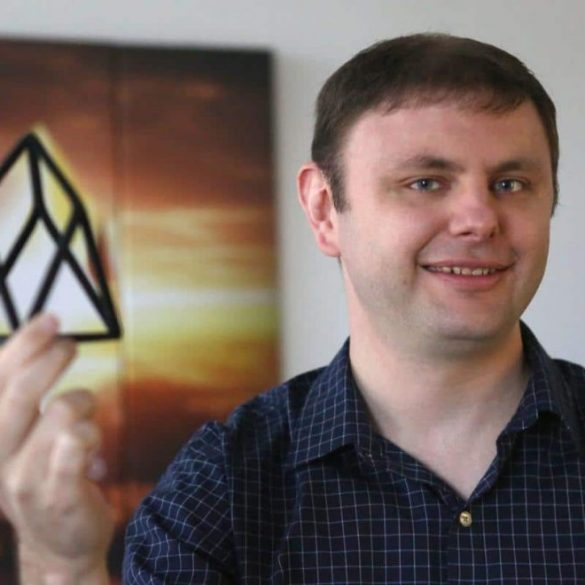 EOS Surges 15% after Dan Larimer's Announcement of Future Announcements 15