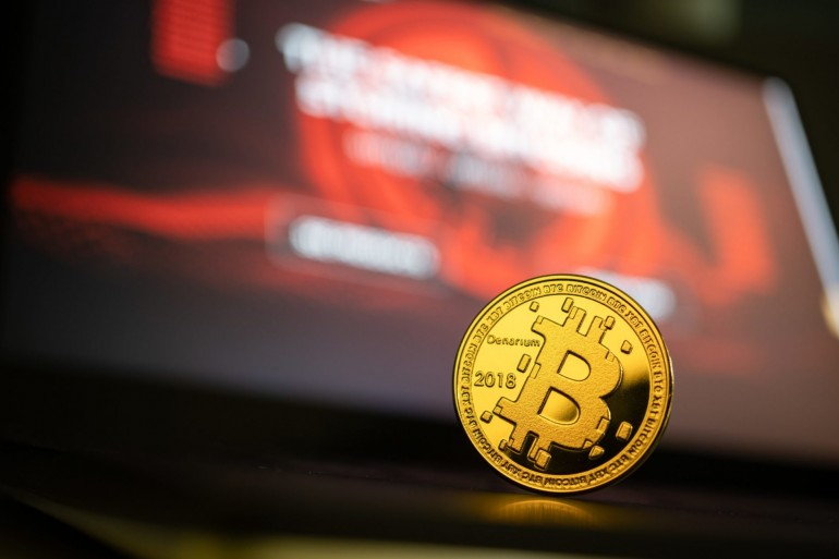 Analyst Expects Bitcoin To See Bullish Continuation: BTC Taps $6,000 17