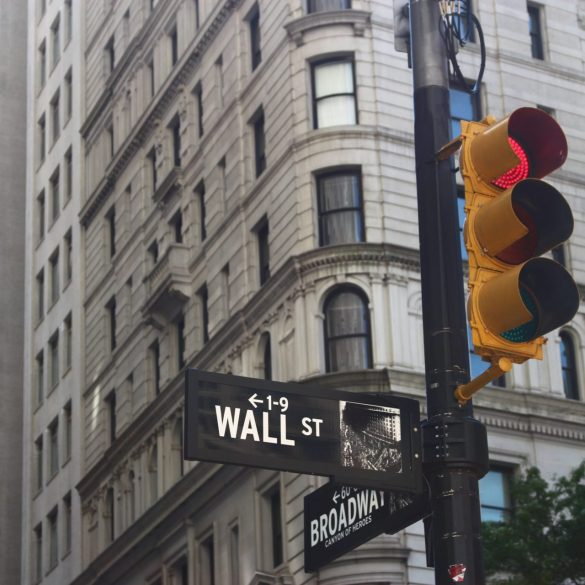 Analyst 'Trades' Bitcoin (BTC) Through Nasdaq: What's The Deal? 13