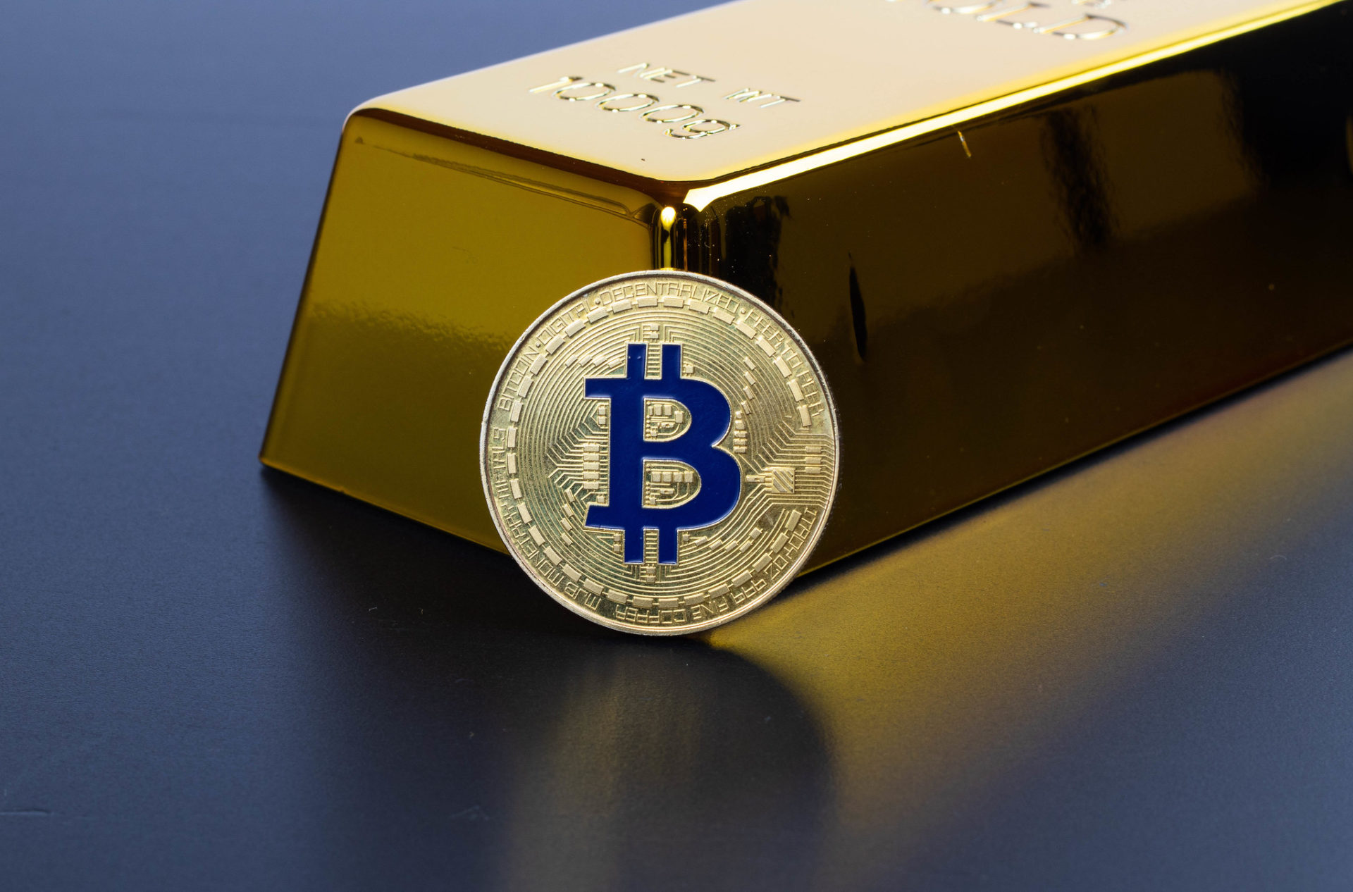 All That Glitters is Gold and Bitcoin – Are Central Banks Buying Both? 14