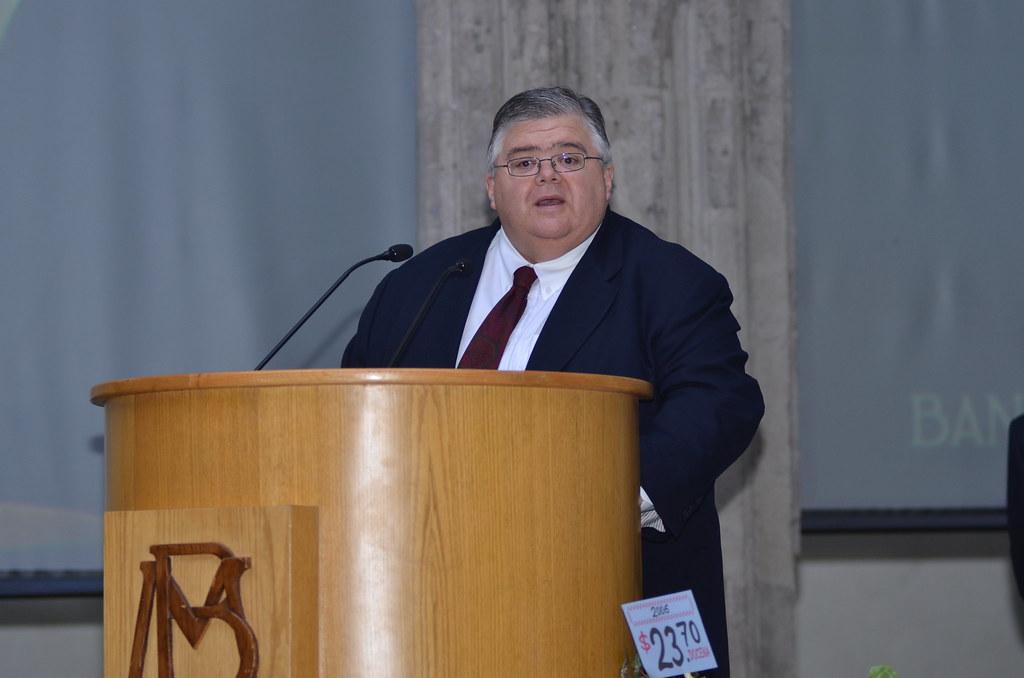 Agustín Carstens BIS