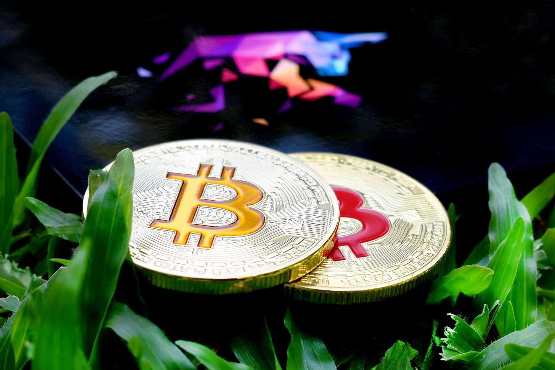 If Bitcoin (BTC) Closes Week Above $8,800, Crypto Set for Move Even Higher 13