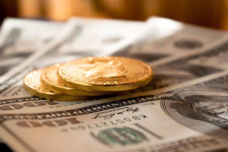 Bitcoin (BTC) Drops to $9,350 as Dow Jones Falters, But Bulls Are Still Hopeful 18