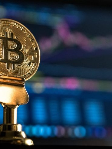 Bitcoin Tanks as Low as $7,700 In Brutal Sell-Off: Is There Hope of Recovery? 17